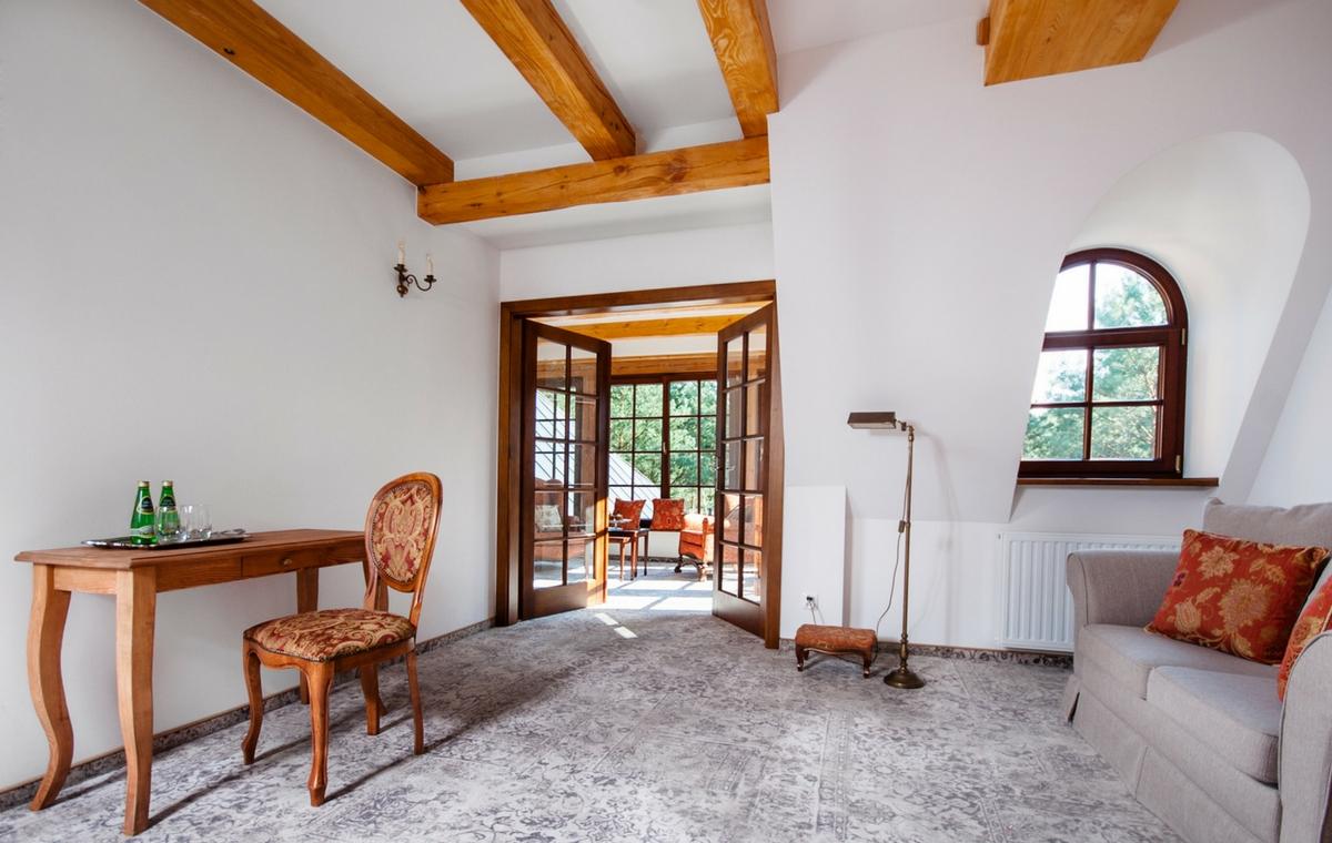 komfortowe-pokoje-pensjonat-dworek-kazimierski-noclegi-kazimierz-dolny-3